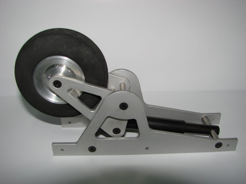 Amortized landing gear for gliders